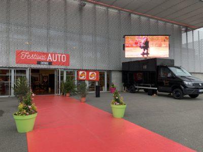 Video-truck salon auto